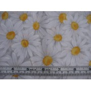 """Petal"" by Timeless Treasures #5295, daisies"